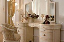 Красота спасёт мир: обзор туалетных столиков.